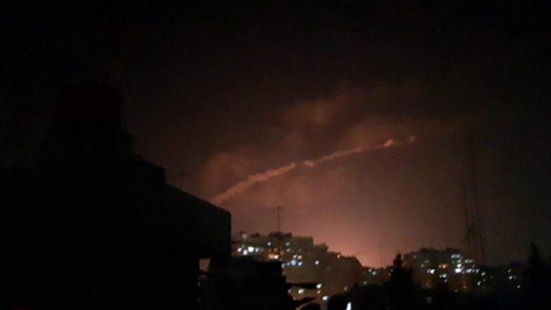 Korsan İsrail Suriye'ye Saldırdı