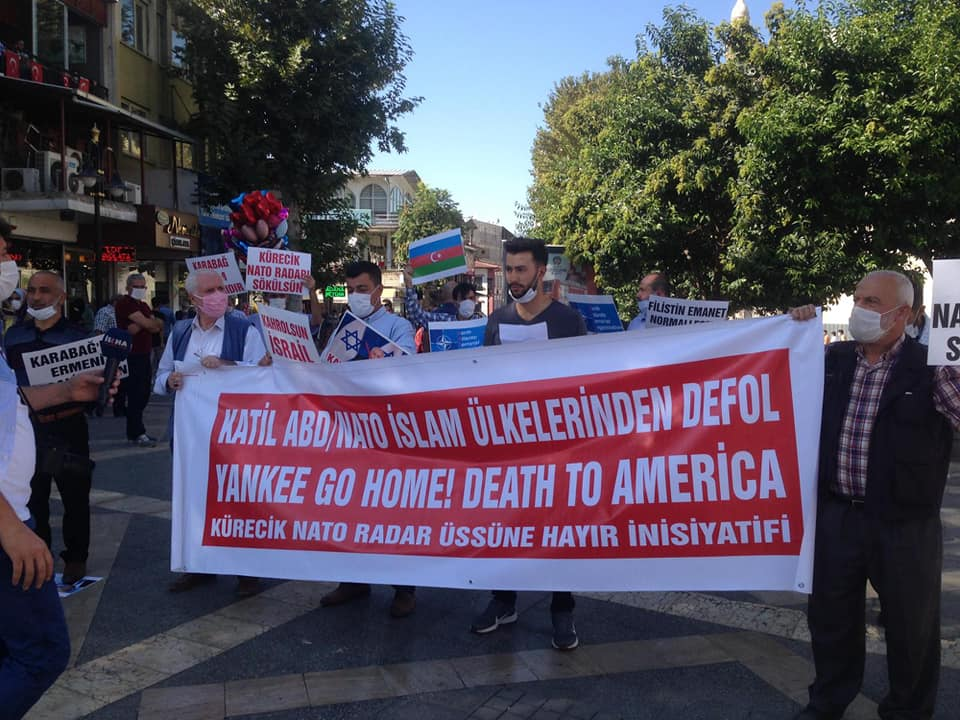 Malatya'da Nato'dan Çıkılsın Üsler Kapatılsın Eylemi Düzenlendi ve Azerbaycan'a Destek Açıklaması Yapıldı (VİDEO-FOTO)