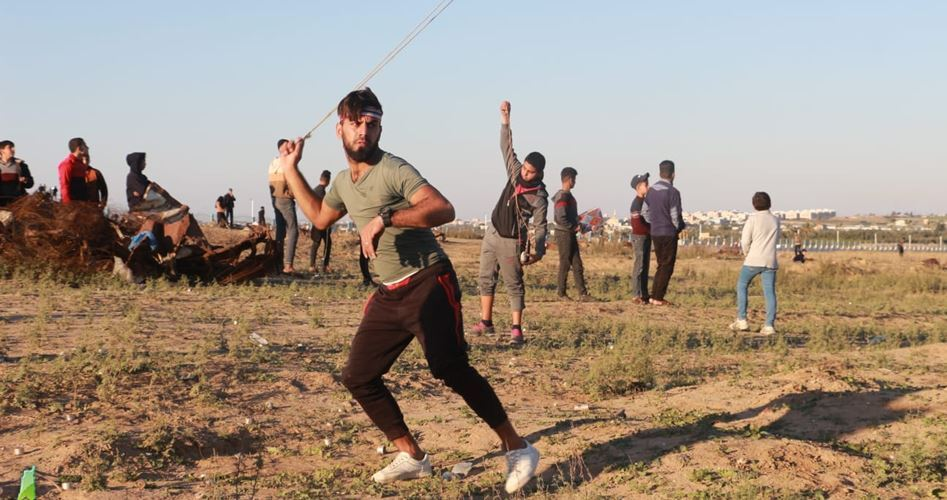 Siyonist Askerler Gazze Sınırında Filistinli Göstericilere Saldırdı