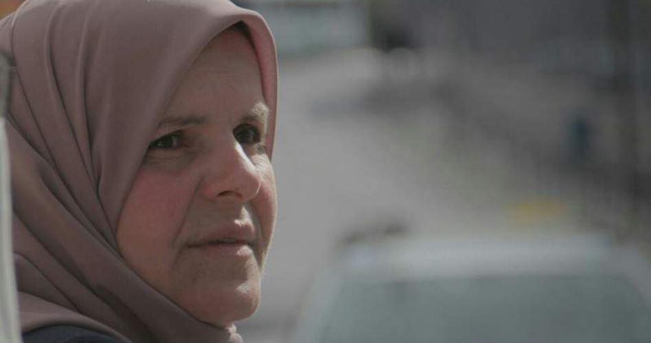 Siyonist Mahkeme Kudüslü Kadın Aktivisti Yerleşimciye Engel Olmakla Suçladı