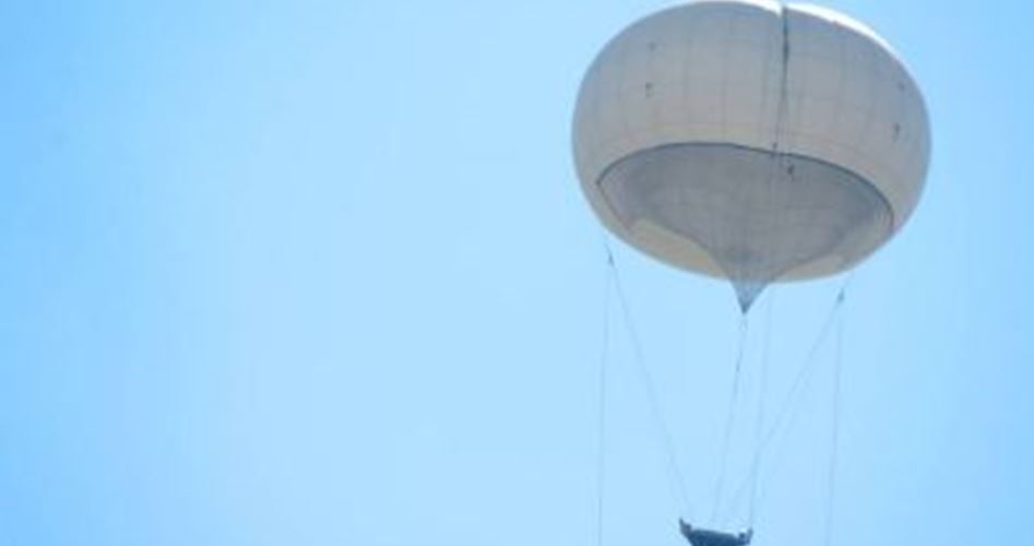 Siyonistlerin Sıcak Hava Balonları Filistinlileri Gözetliyor